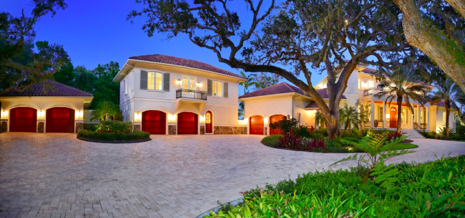 Home Automation Skeptics Fall In Love With Elan At Their Waterfront Villa In Sarasota Florida